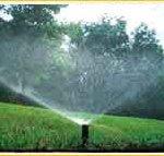 irrigação no jardim